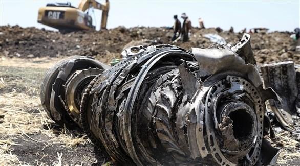محرك إحدى طائرة بوينغ ماكس 737 بعد تحطمها في أثيوبيا (أرشيف)