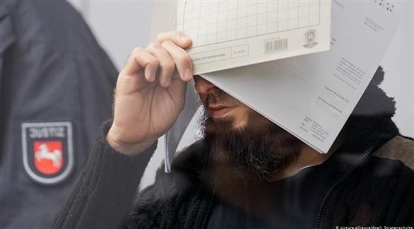 أبو ولاء خلال إحدى جلسات محاكمته (أرشيف)