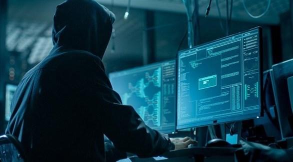 مخترق برامج إلكترونية (تعبيرية)