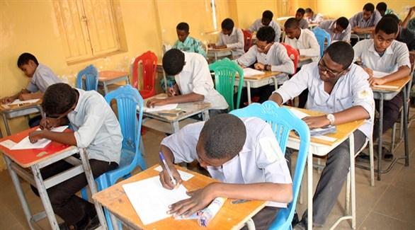 طلبة سودانيون في قاعة امتحان (أرشيف)