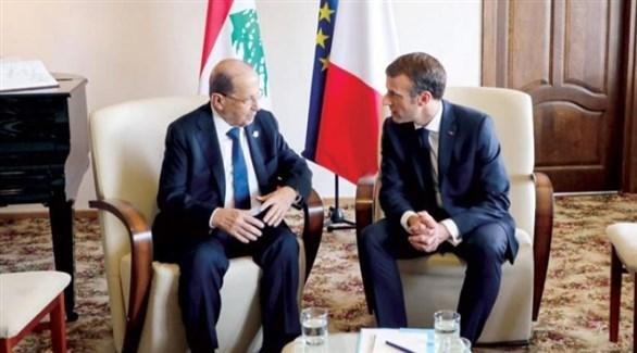 الرئيس الفرنسي ماكرون ونظيره اللبناني عون (أرشيف)