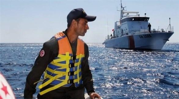 عنصر من خفر السواحل في تونس (أرشيف)