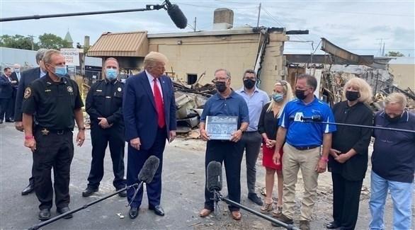 الرئيس الأمريكي أثناء زيارته لمدينة كينوشا (أرشيف)