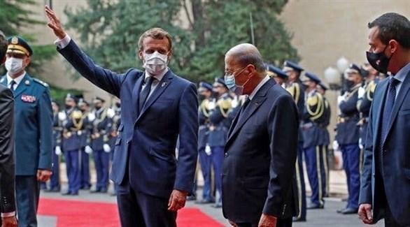 الرئيسان اللبناني والفرنسي في بيروت (أرشيف)