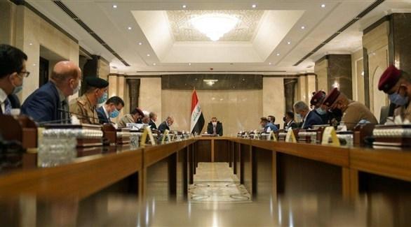 رئيس الوزراء العراقي مصطفى الكاظمي في اجتماع مع الأمن (أرشيف)
