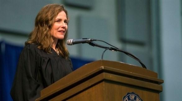 القاضية الأمريكية إيمي كوني باريت (أرشيف)