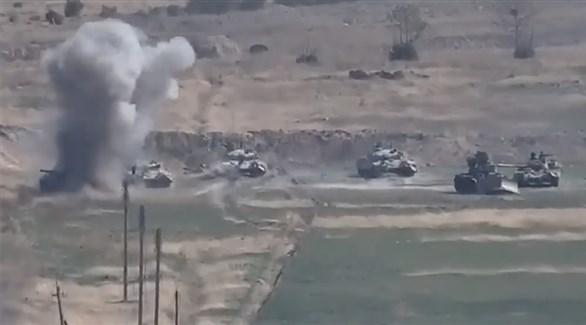 آليات عسكرية مشاركة في النزاع بين الطرفين
