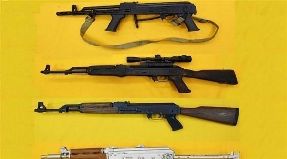 أسلحة ضبطتها أجهزة الأمن السعودية مع الخلية الإرهابية (واس)