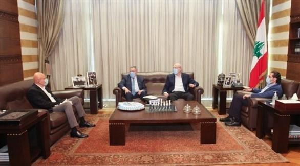 جانب من اجتماع سابق لرؤساء الحكومات اللبنانية السابقين (أرشيف)