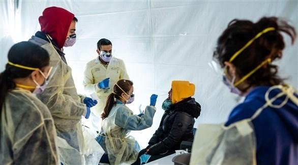 داخل إحدى الخيم لفحص الناس لكشف كورونا، في نيويورك الأمريكية (أرشيف)