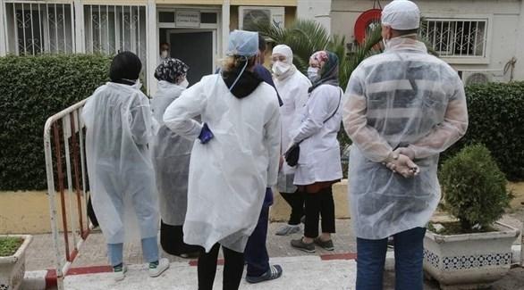 طواقم طبية لمكافحة كورونا في الجزائر (أرشيف)