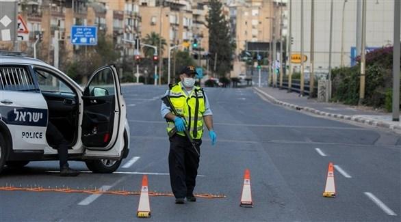 شرطي إسرائيلي في شارع مغلق (أرشيف)