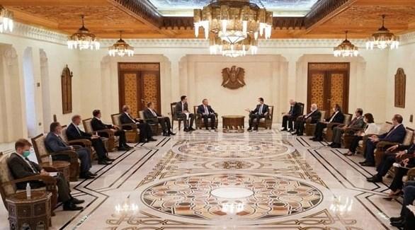 الرئيس السوري بشار الأسد مستقبلاً الوفد الروسي (وكالات)