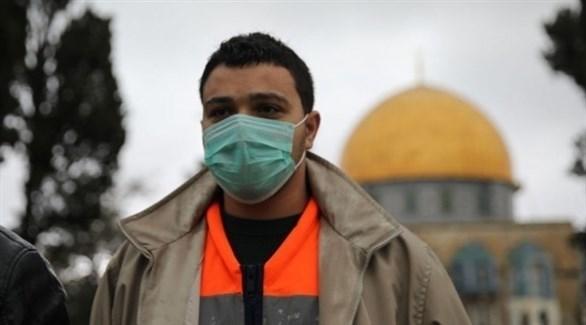 فلسطيني أمام قبة الصخرة في القدس (أرشيف)