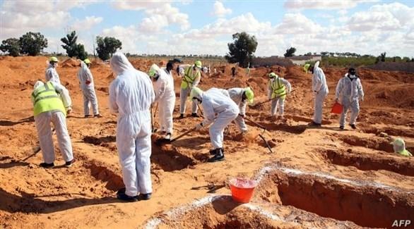 موقع حفر لانتشال جثة في ليبيا (أرشيف)