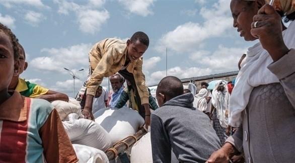 لاجئون من تيغراي في مركز لتوزيع المساعدات (أرشيف)