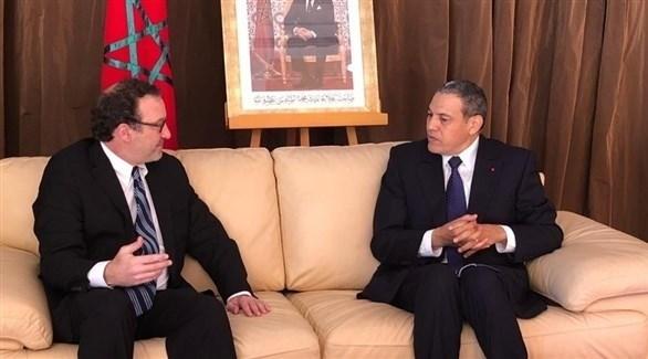 شينكر في زيارة إلى منطقة العيون في المغرب (السفارة الأمريكية)