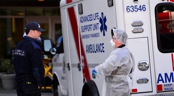 سيارة إسعاف أمام مستشفى في كندا (أرشيف)