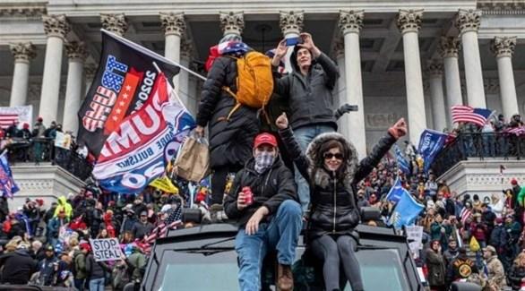 محتجون خلال اقتحام الكونغرس (أرشيف)