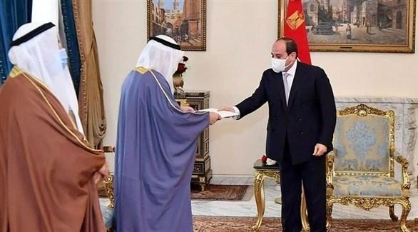 الرئيس المصري السيسي خلال استقباله وزير الخارجية الكويتي (أرشيف)