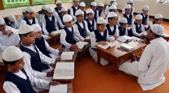 أطفال في مدرسة دينية مسلمة في الهند (أرشيف)
