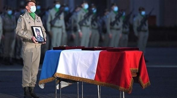 تكريم جنود قُتلوا في هجوم بمالي مطلع الشهر الجاري (أ ف ب)