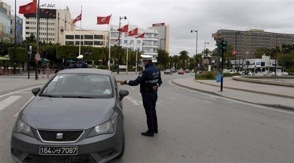 عنصر من الشرطة في تونس خلال مهامه (أرشيف / أ ف ب)