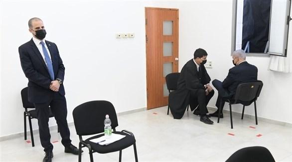 بنيامين نتانياهو داخل قاعة المحكمة (نيويورك تايمز)