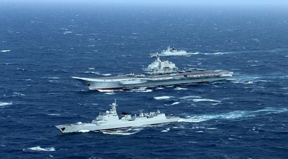 حاملة طائرات صينية وسفن حراستها في بحر الصين الجنوبي (أرشيف)