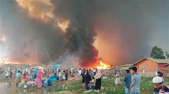 الحريق في مخيم الروهينغا (أرشيف)