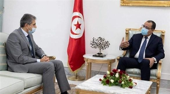 رئيس الحكومة التونسية هشام المشيشي وسفير الكويت في تونس علي الظفيري (كونا)