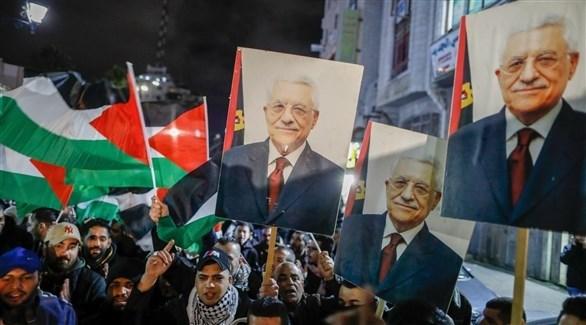 عباس يرحب بدعوة الرباعية الدولية لاستئناف المفاوضات
