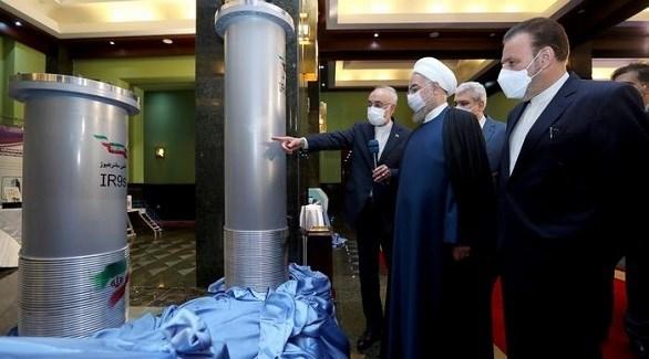 الرئيس الإيراني حسن روحاني في منشأة نطنز النووية قبل التخريب (أرشيف)