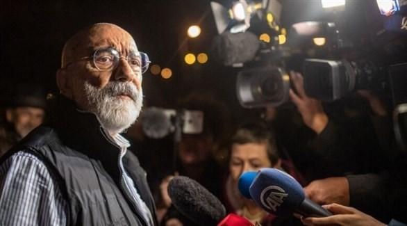 الصحافي والكاتب التركي أحمد ألتان (أرشيف)
