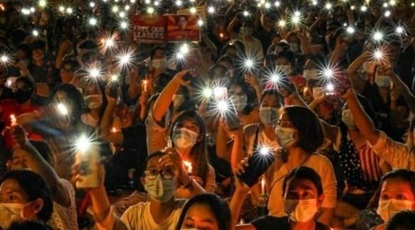 محتجون ضد الانقلاب العسكري في ميانمار (أرشيف)