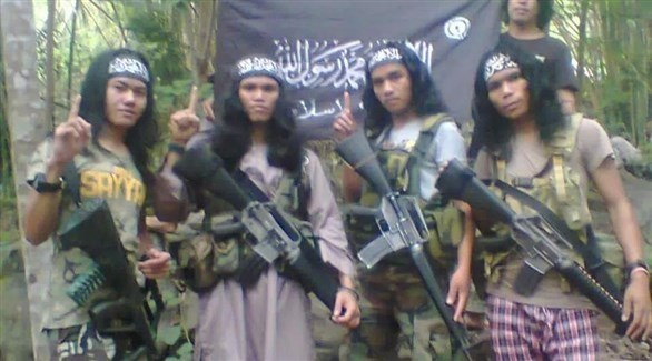 مسلحون من جماعة أبوسياف الفليبينية المتطرفة (أرشيف)