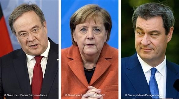 المستشارة الألمانية ميركل والمرشحان لخلافتها زودر ولاشيت (أرشيف)
