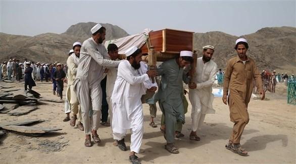 جنازة أفغاني قتله تنظيم داعش شرق البلاد (أرشيف)