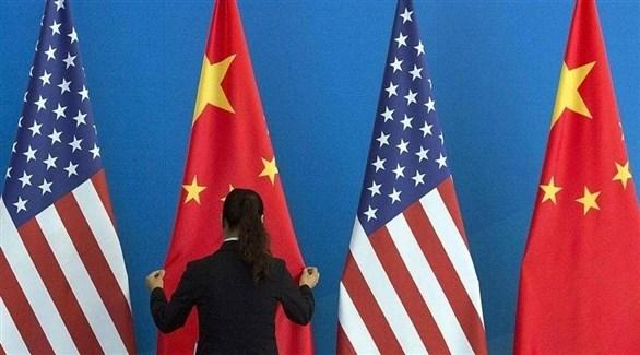 أعلام الصين و أمريكا (أرشيف)