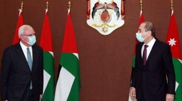 فلسطين والأردن: على إسرائيل وقف استفزازها