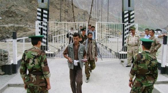 جنود طاجيك على الحدود مع قرغيزيستان (أرشيف)
