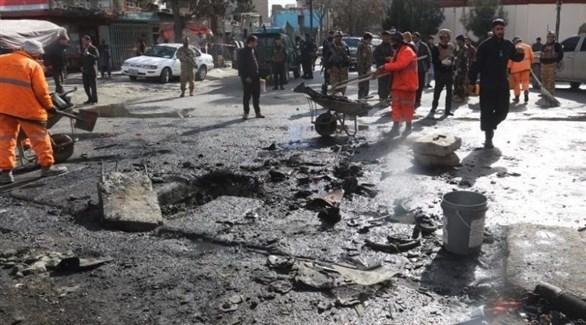 قوى الأمن تنتشر في موقع تعرض لانفجار في أفغانستان (أرشيف)