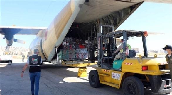 طائرة تحمل مساعدة لفلسطين (بترا)