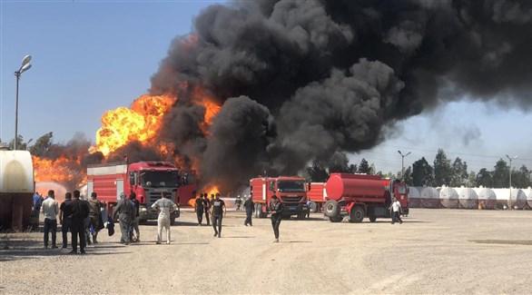 الدفاع المدني العراقي يتصدى لحريق سابق في منشأة نفطية (أرشيف)