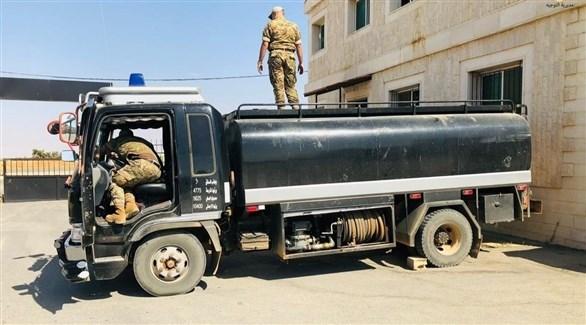 شاحنة تهريب وقود ضبطها الجيش اللبناني في وقت سابق (تويتر)
