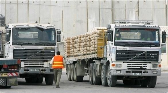 شاحنات مصرية محملة بالأسمنت في الطريق إلى غزة (أرشيف)