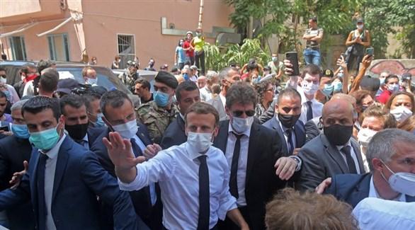 الرئيس الفرنسي إيمانويل ماكرون في بيروت بعد انفجار المرفأ (أرشيف)