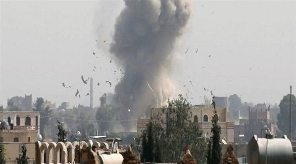انفجار في مأرب بعد قصف حوثي سابق (أرشيف)