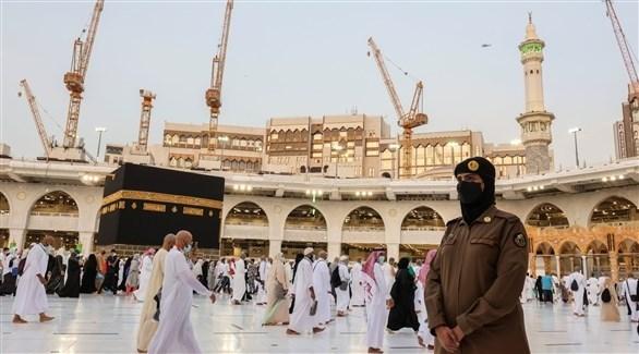 سعودية تشارك في تأمين الحجاج