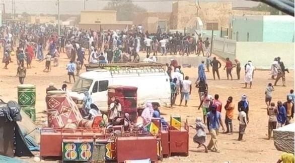 جانب من اعمال الشغب في كوبني الموريتانية (تويتر)